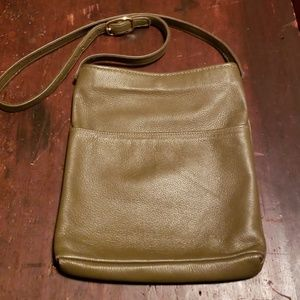 Handcrafted, high quality leather bucket bag